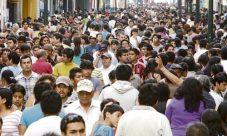 Cuántos habitantes tiene Perú