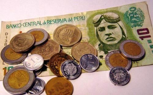 Cuál es la moneda de Perú