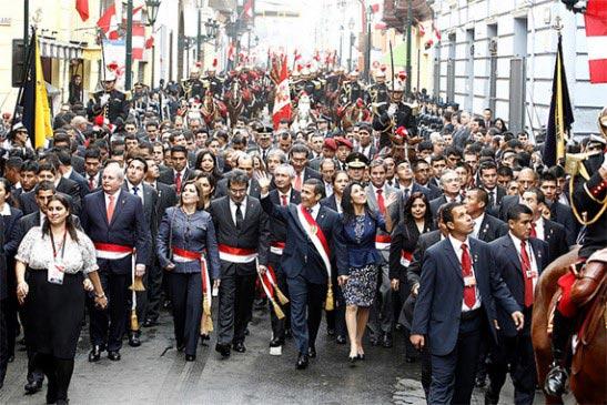 ¿Cómo se celebra la independencia en Perú?
